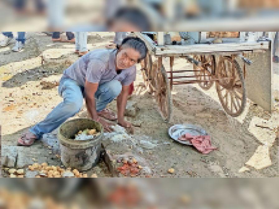 बोलेरो ने ठेलों को मारी टक्कर, पलटा|नागौर,Nagaur - Dainik Bhaskar