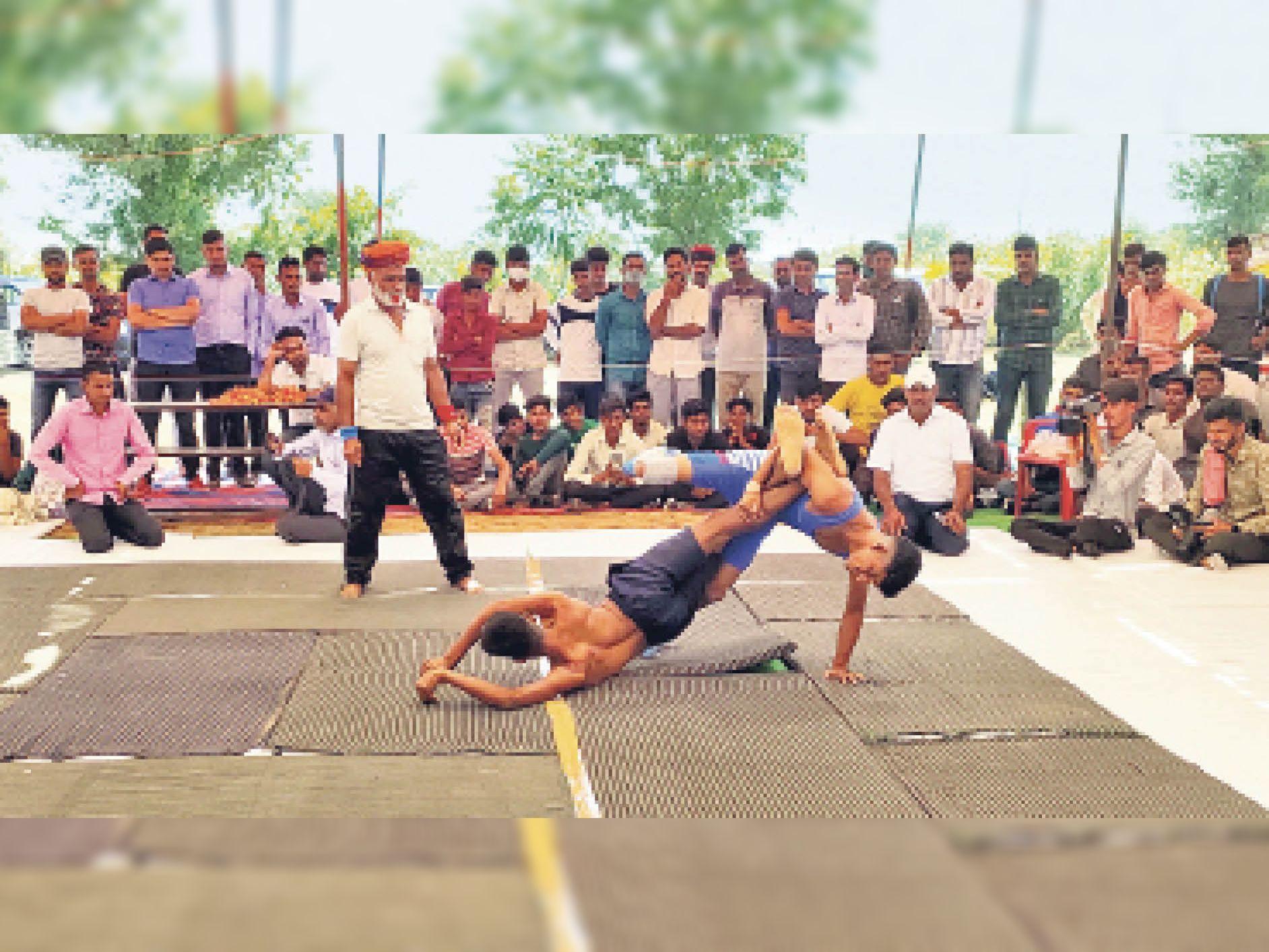63 किलो में मोनिका, 70 किलो भारवर्ग में सीमा जीती|खींवसर,Khiwsar - Dainik Bhaskar