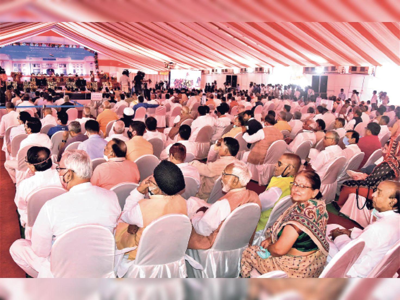 प्रथम नागरिक मेयर को अंतिम पंक्तियों में मिली जगह, पार्षदों ने जताई नाराजगी|पटना,Patna - Dainik Bhaskar