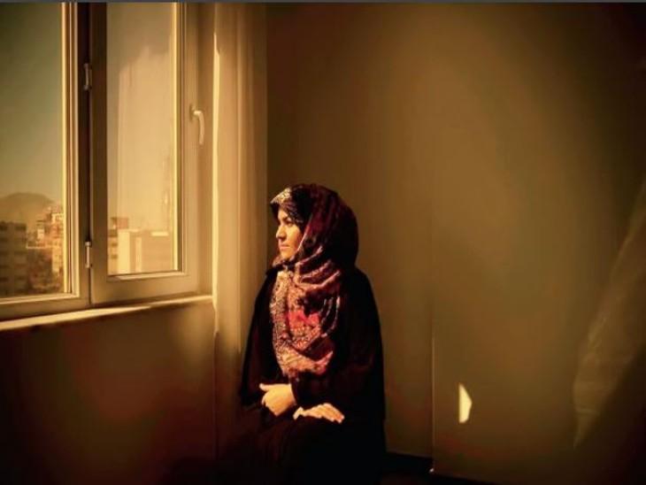 महिला जजों को जान से मारने के लिए खोज रहा तालिबान, छिपने को मजबूर विदेश,International - Dainik Bhaskar