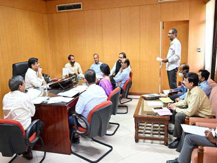 लंबित भर्ती प्रक्रिया पूरी करने में जुटा शिक्षा विभाग, मंत्री डोटासरा ने ली अधिकारियों की क्लास|जयपुर,Jaipur - Dainik Bhaskar
