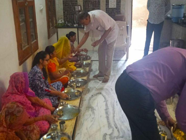 आयंबिल, निवि व ओली तप आराधकों का सामूहिक पारणा, डॉ. बिंदुप्रभाने कहा-मानव जीवन अनमोल, सदा अच्छी भावना रखें|नागौर,Nagaur - Dainik Bhaskar
