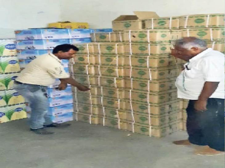 3,805 किलो घी व वनस्पति सीज किया, 100 किलो मिठाइयां नष्ट कीं|जयपुर,Jaipur - Dainik Bhaskar