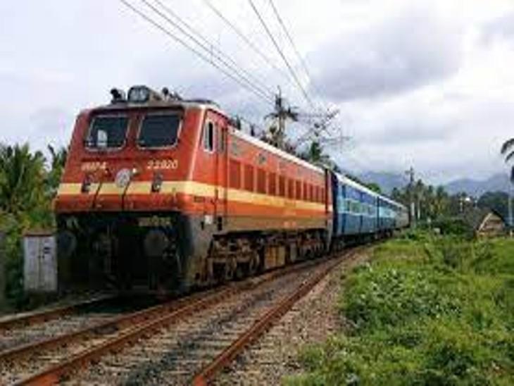21 रिले डिवाइस चाेरी, डीसी लाइन पर 3 घंटे सिग्नल बंद|धनबाद,Dhanbad - Dainik Bhaskar