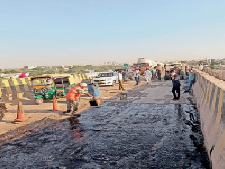टोल वसूली रोकते ही शुरू हुआ कंजोली पुल का मरम्मत कार्य|भरतपुर,Bharatpur - Dainik Bhaskar