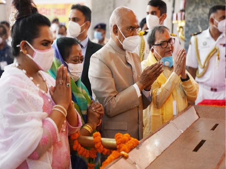 हरमंदिर साहिब गुरुद्वारा में मत्था टेका, महावीर मंदिर में पूजा की; खादी मॉल में की खरीदारी|पटना,Patna - Dainik Bhaskar