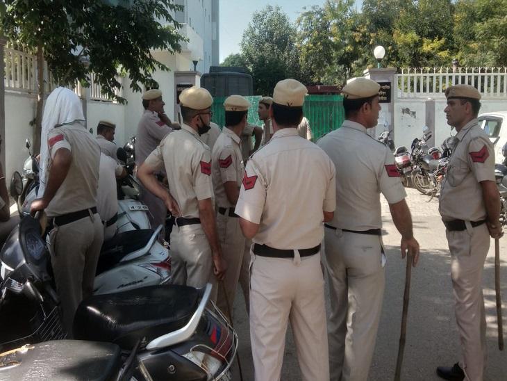 कोर्ट परिसर में पुलिस तैनात कर बर्बर हत्या मामले में पेशी की दी सूचना, बैन की मीडिया की एंट्री देश,National - Dainik Bhaskar