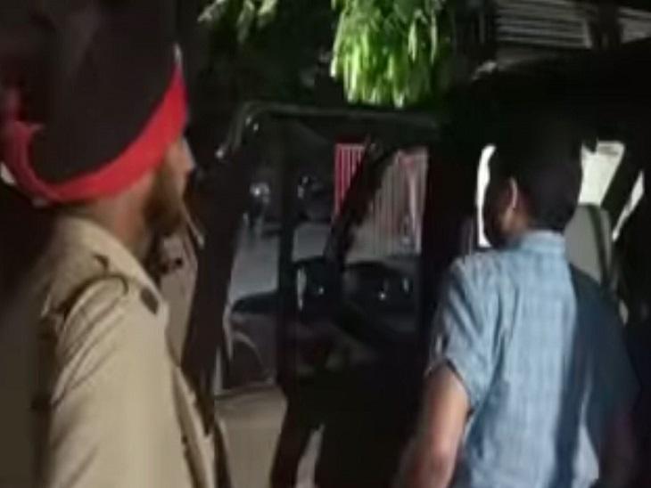 शराब के नशे में युवक ने ढाबे के पास की फायरिंग, इलाके में फैली दहशत; पुलिस ने किया गिरफ्तार जालंधर,Jalandhar - Dainik Bhaskar