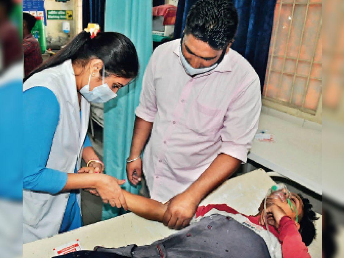करियाना स्टोर में वेल्डिंग के दौरान गिरी चिंगारी से हुआ धमाका, 3 युवक घायल|अम्बाला,Ambala - Dainik Bhaskar