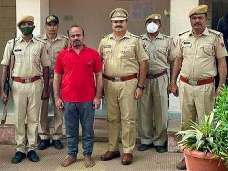 जहां किराए पर रहता, वहीं के फर्जी डॉक्यूमेंट्स बनाकर लोगों को ठगता; ऋषिकेश से गिरफ्तार|जयपुर,Jaipur - Dainik Bhaskar