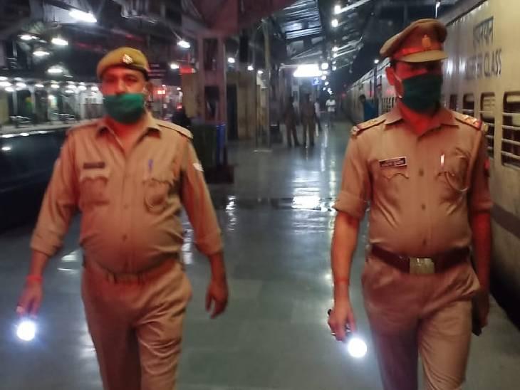 आधे घंटे में पहुंचे रेलवे के अफसर, सेफ्टी विभाग की मॉकड्रिल में जांचा गया रिस्पांस टाइम|उन्नाव,Unnao - Dainik Bhaskar