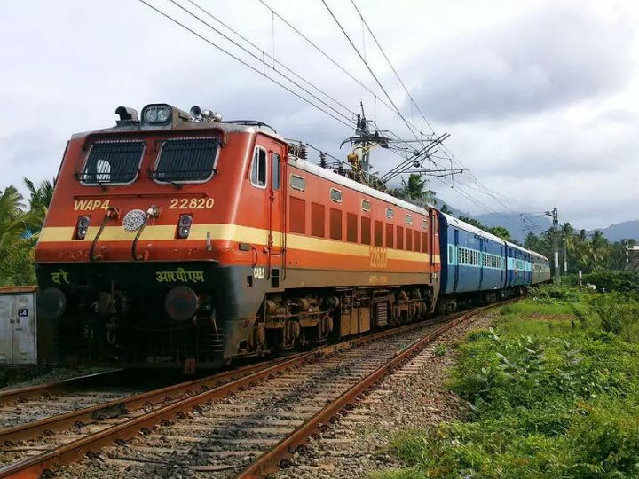 डीआरएम ने हबीबगंज-इटारसी रेलवे ट्रैक का किया निरीक्षण, यात्री सुविधा में नहीं दिखी कमी|होशंगाबाद,Hoshangabad - Dainik Bhaskar