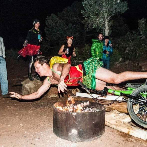 PHOTOS : परफेक्ट टायमिंगची कमाल, नजरेला धोका देतात हे फोटो  - Divya Marathi