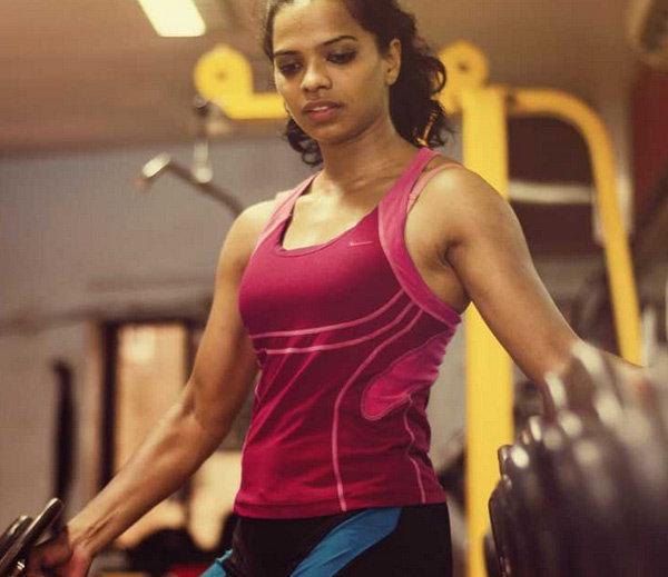 विदेशी पहिलवानांना 'चितपट' करेल ही 'मराठमोळी' बॉडीबिल्डर, पाहा PICS|स्पोर्ट्स,Sports - Divya Marathi