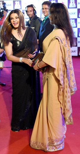 'आयटम गर्ल्स'ना म्हटले वेश्या, संतापलेली राखी म्हणाली, 'त्यांची गाढवावरून धिंड काढली पाहिजे'| - Divya Marathi
