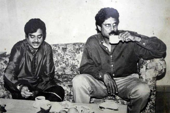 हे आहे शत्रुघ्न सिन्हा यांचे पाटण्यातील घर, भेटा त्यांच्या कुटुंबीयांना  - Divya Marathi