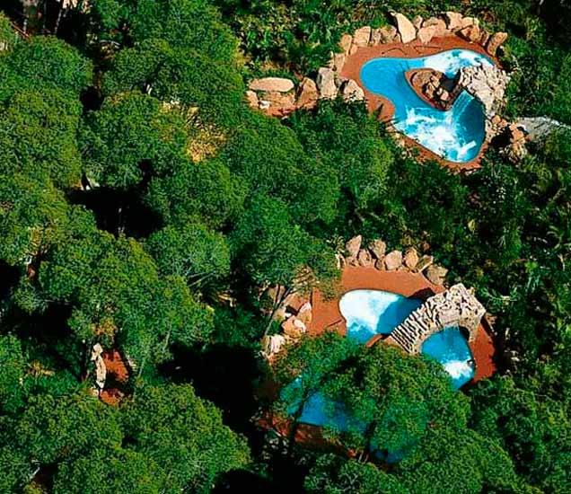 PHOTOS:हे आहे सर्वात सुंदर स्पा रिसॉर्ट, त्यामध्ये आहेत 5 पंचतारांकित हॉटेल्स| - Divya Marathi