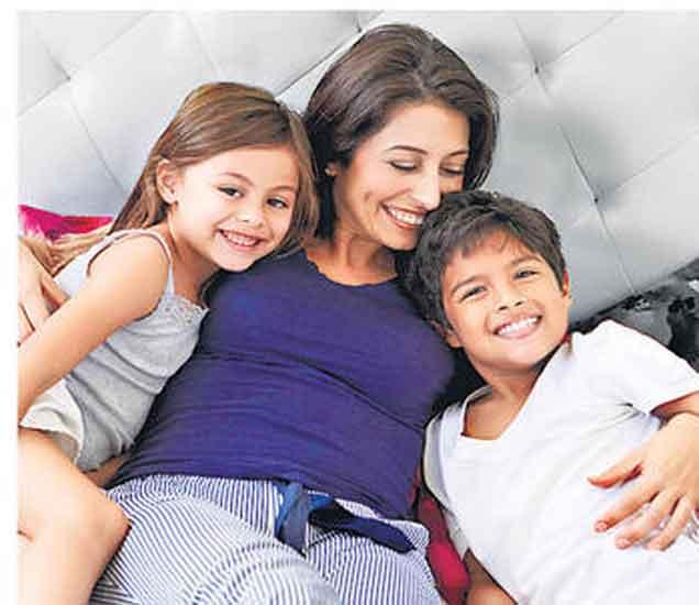 पालकत्व : घरातच मुले एकमेकांशी भांडतात तेव्हा...| - Divya Marathi