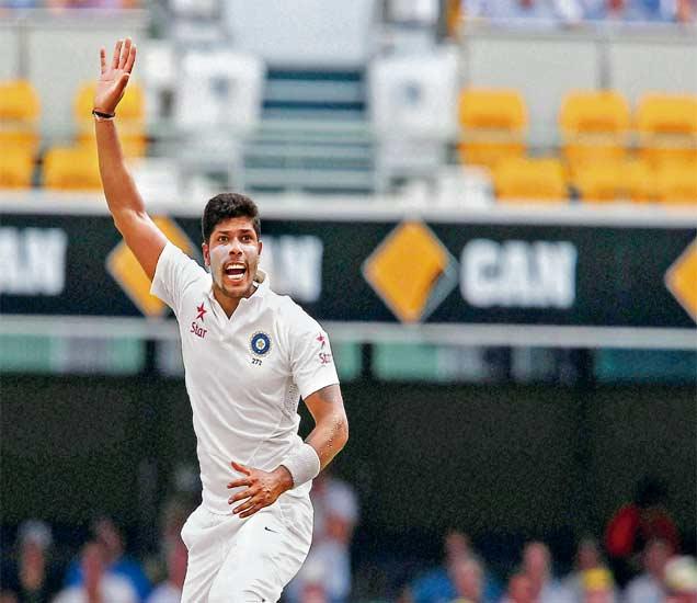 दुसरी कसोटी: दुस-या दिवशी गोलंदाज चमकले, भारताचा डाव ४०८ धावांत आटोपला| - Divya Marathi
