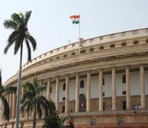 जीएसटी विधेयक लोकसभेत सादर, देशभरात एकच कर लावण्याच्या दिशेने पाऊल| - Divya Marathi