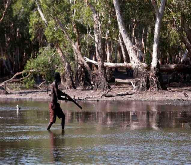 PHOTOS: ऑस्ट्रेलियाचे \'अॅबोरिजीन्स\' आदिवासी खातात मगरींचे मांस|विदेश,International - Divya Marathi