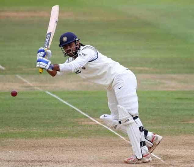 कॅप्टन कूल माही  करिअरच्या पहिल्या चेंडूवर झाला होता आऊट, वाचा धोनीचे अनोखे RECORD|स्पोर्ट्स,Sports - Divya Marathi