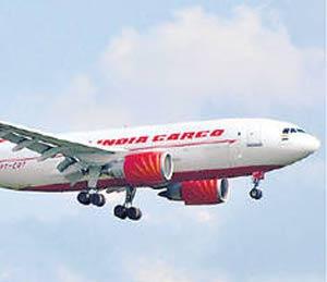 सोलापूर विमानसेवेसाठी एअर इंडिया सकारात्मक|सोलापूर,Solapur - Divya Marathi