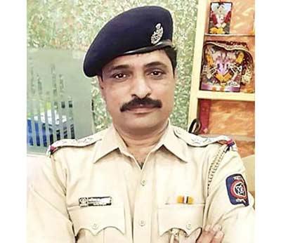 बलात्कार पीडितेच्या अंतरवस्त्रावर अश्लिल कमेंट्स; पोलिस निरीक्षक सस्पेंड मुंबई,Mumbai - Divya Marathi