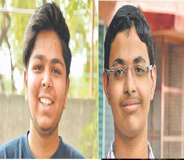 यशपाल पाकल (डावीकडे) आणि धनंजय सहस्त्रबुद्धे - Divya Marathi