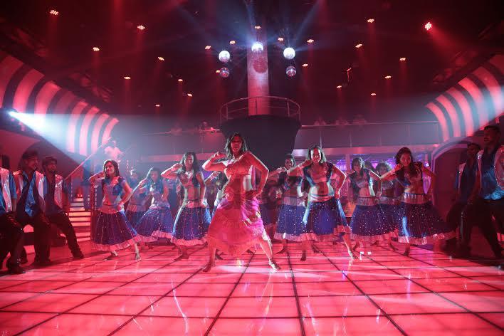 EXCLUSIVE : भेटा मराठी इंडस्ट्रीतील नवीन आयटम गर्ल हृषिता भटला, शूट केले आयटम साँग मराठी सिनेकट्टा,Marathi Cinema - Divya Marathi