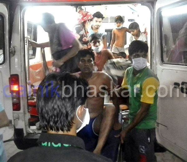 पंजाब: लुधियानात अमोनिया गॅसची गळती, 6 जणांचा मृत्यू तर 100 अत्यवस्थ|देश,National - Divya Marathi