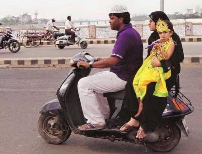 BEST PHOTOS: मनाला स्पर्श करणारे हे क्षण पाहून तुमच्या अंगावर येईल शहारा विदेश,International - Divya Marathi