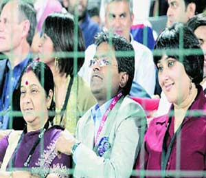 माणुसकी की साटेलोटे? (अग्रलेख)|ओरिजनल,DvM Originals - Divya Marathi