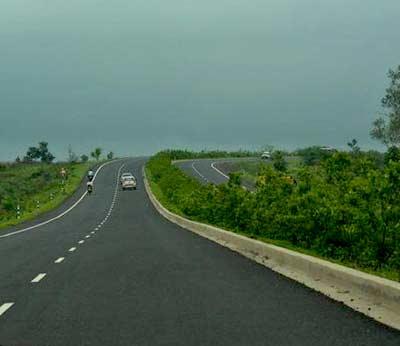 फाईल फोटो - राष्ट्रीय महामार्ग क्रमांक 6 - Divya Marathi