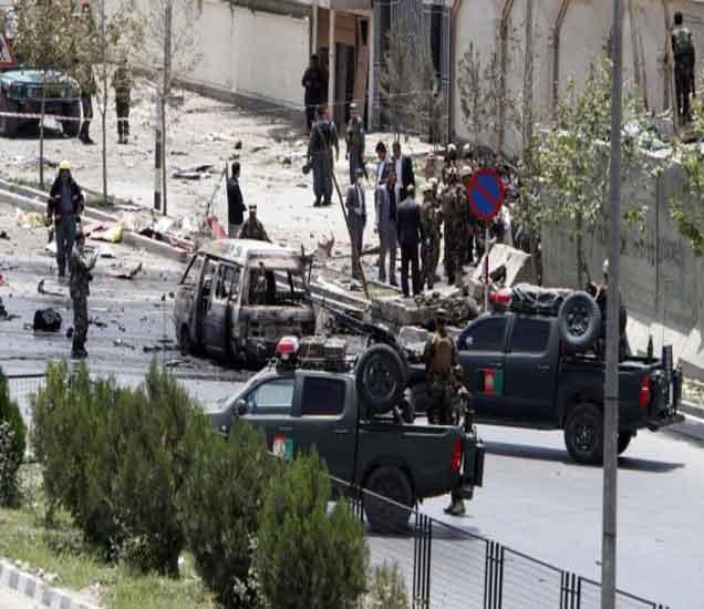 अफगाण पोलिसांनी तालिबान दहशतवाद्यांच्या खात्मा करुन संसदेवर नियंत्रण मिळवले. - Divya Marathi