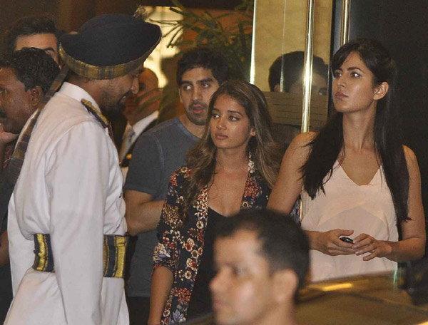 अर्जुन कपूरच्या बर्थडे पार्टीत एकत्र पोहोचले रणबीर-कतरिना, बरेच सेलेब्स दिसले| - Divya Marathi