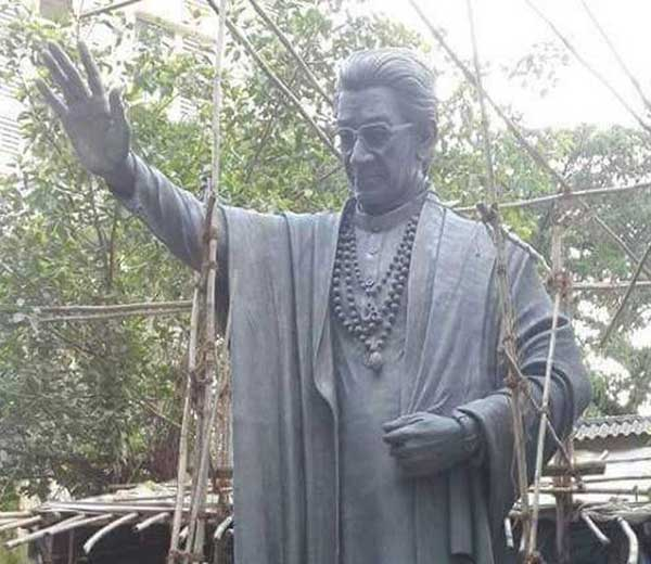 बाळासाहेबांचा 23 फुटी ब्राँझचा पुतळा तयार पण स्मारक कुठे अन् कधी उभारणार? मुंबई,Mumbai - Divya Marathi