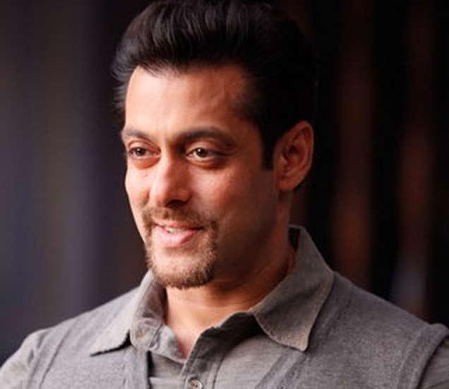 Bollywood Weekly Bulletin: सलमान खान ठरला TOP BUZZMAKER| - Divya Marathi