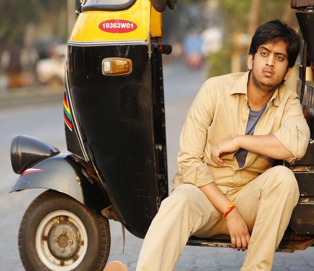 Movie Review : शटर| - Divya Marathi