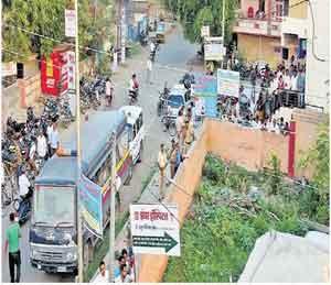सनी शिंदेच्या खुनामुळे शहरात तणाव वाढला अहमदनगर,Ahmednagar - Divya Marathi