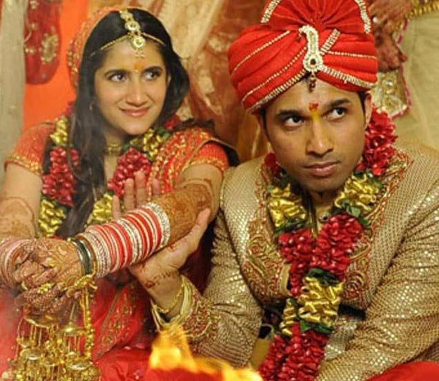 ही आहे डायरेक्टर मोहित सूरीची लाडकी बहीण, भावाच्या सिनेमाद्वारे केले होते बी टाऊनमध्ये डेब्यू देश,National - Divya Marathi