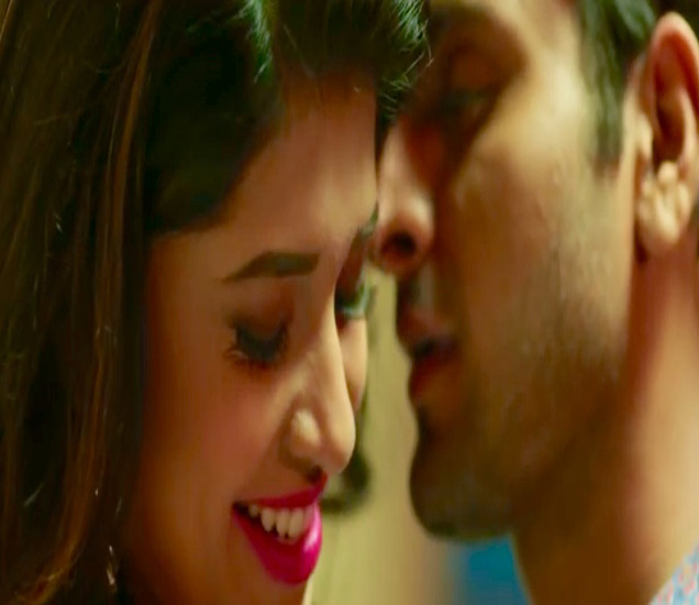 OMG :संस्कृती बालगुडे बनली 'बोल्ड',दिला इंटीमेट सीन,पाहा संस्कृतीचा सेन्शुअस अंदाज|मराठी सिनेकट्टा,Marathi Cinema - Divya Marathi