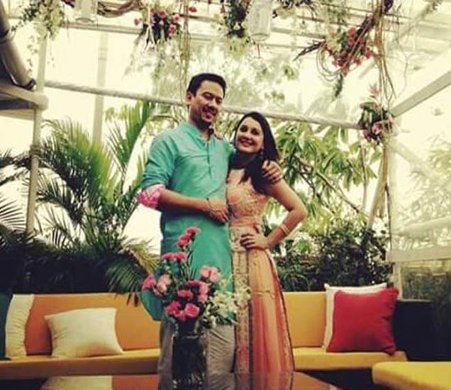 बॉलिवूड अभिनेत्री मिनीषा लांबा बॉयफ्रेंड रिआनसोबत अडकली लग्नगाठीत देश,National - Divya Marathi