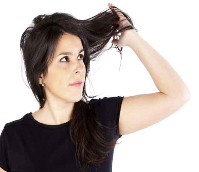 पावसाळ्यात केसांची निगा राखण्यासाठी ८ नियम| - Divya Marathi