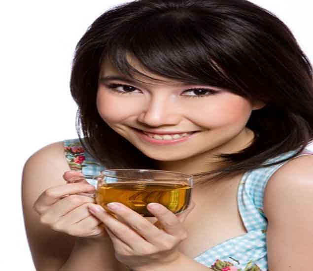 ग्रीन टी आणि ऊलोंग टी प्यायल्याने वजन कमी होते...| - Divya Marathi