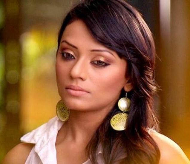 या टीव्ही अॅक्ट्रेसला एक्स बॉयफ्रेंडने भररस्त्यात केली मारहाण!|टीव्ही,TV - Divya Marathi