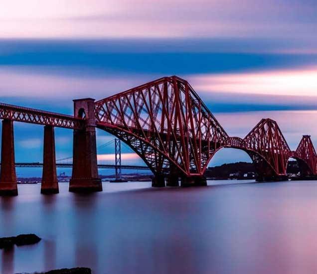 द फोर्थ ब्रिज, स्कॉटलंड - Divya Marathi