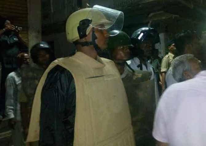 प्रेमीयुगुल विवाहबद्ध झाल्यावरून छत्तीसगडमध्ये जातीय तणाव; हिंसेत अनेक जखमी|देश,National - Divya Marathi