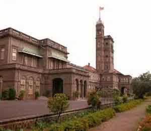अभियांत्रिकीच्या निकालात अक्षम्य चुका, पुणे विद्यापीठाचा सावळा गोंधळ नाशिक,Nashik - Divya Marathi