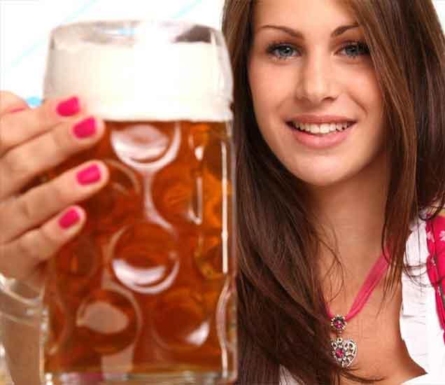 चीयर्स! बीयर ने चमकवा आपली स्किन, दिसा सर्वात सुंदर...| - Divya Marathi